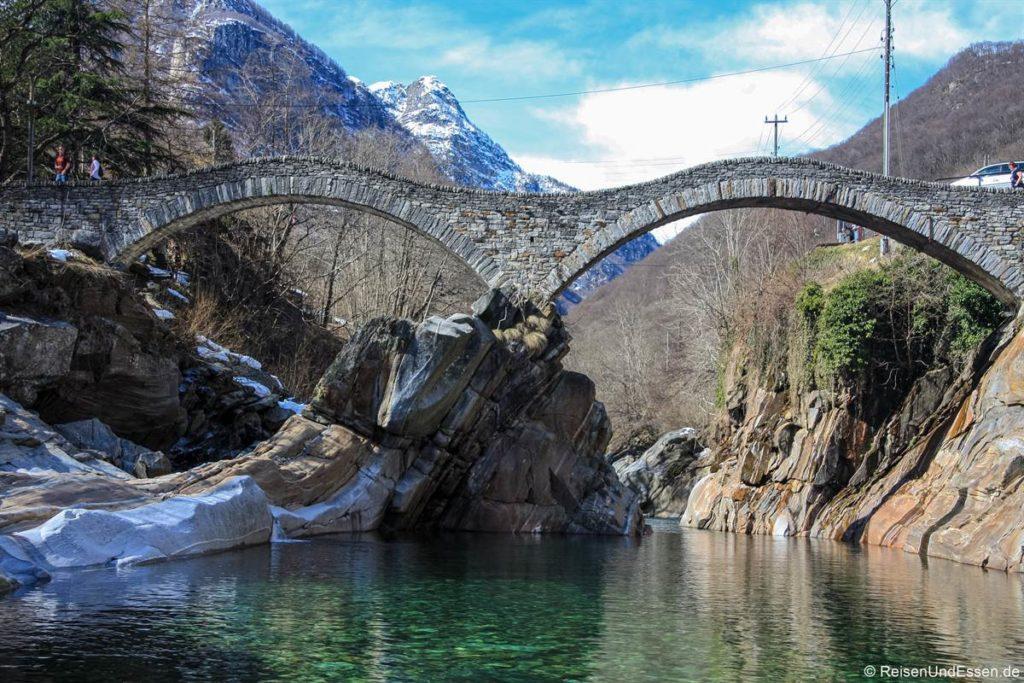 Ponte die Salti im Verzascatal