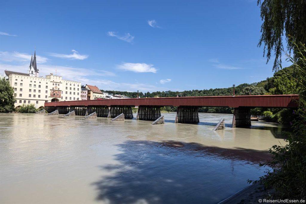 Innbrücke oder Rote Brücke in Wasserburg